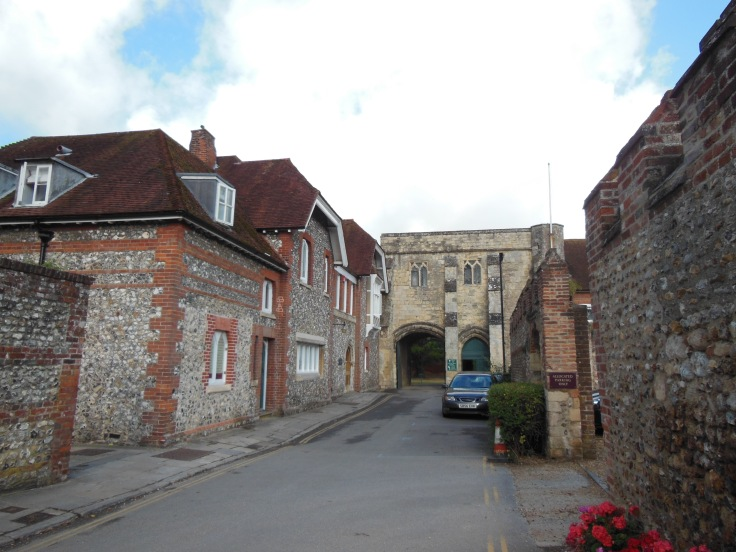 George_Bell_House,_Chichester-geograph-3576594-by-Virginia-Knight