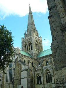 Chichester_Cathdral_from_town