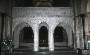 CHICHESTER_CATHEDRAL,_CHICHESTER,_ENGLAND