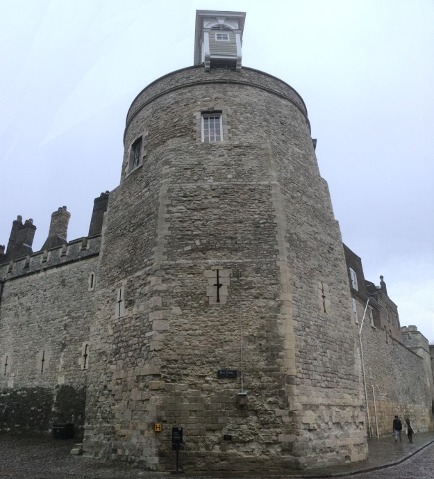bell-tower-tower-of-london-england-photo-by-amy-cools-12-jan-2018-1